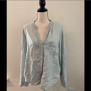 Anthropologie Holding Horses Chambray Button Down